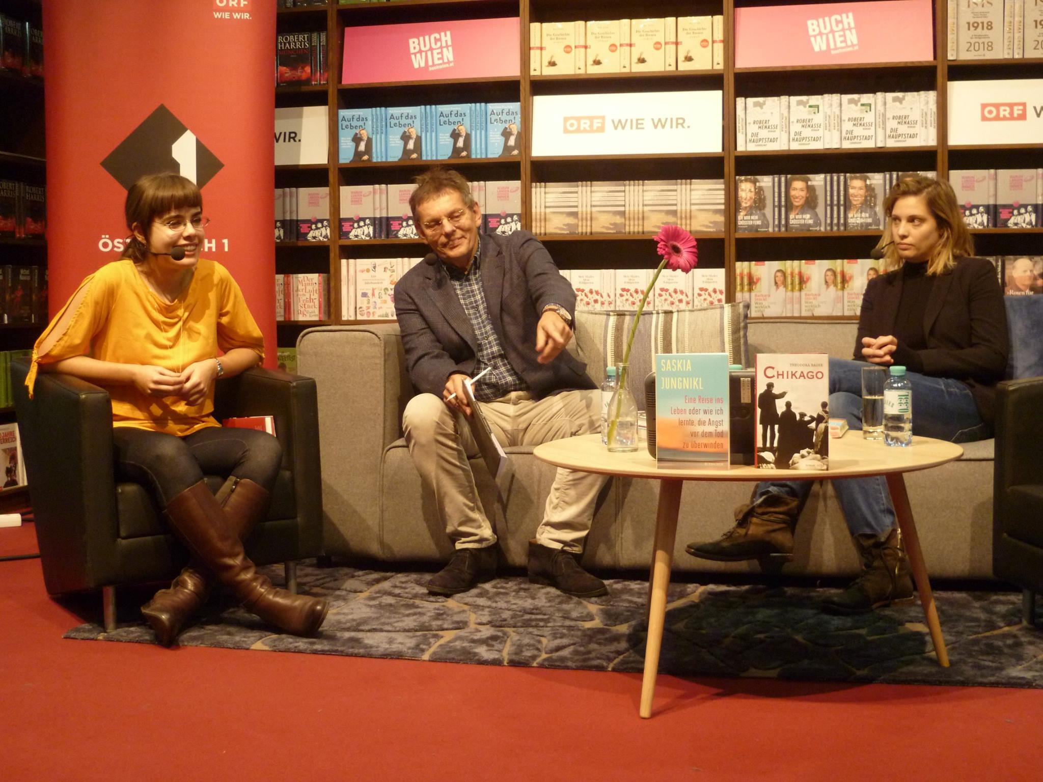 """Ö1 """"Punkt eins"""" – Live auf der Buch Wien – theodora bauer"""